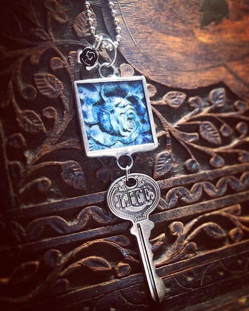 Blue Rose Life Necklace
