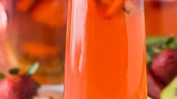 Kiwi-Strawberry Wine Slush & Cocktail Mix