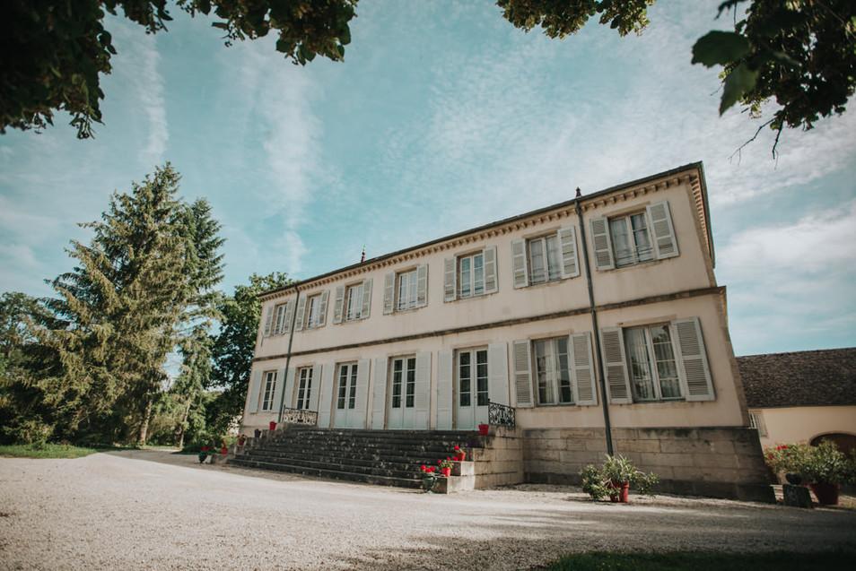 Château_Charodon_Beaune_Lorene_Creuzot