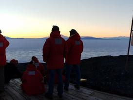 Do People Live in Antarctica? (FAQ)
