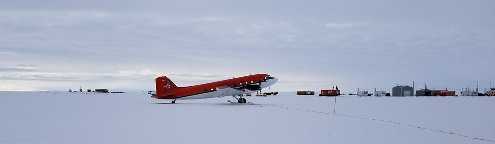 A ski plane at Williams Airfield on the Ross Ice Shelf