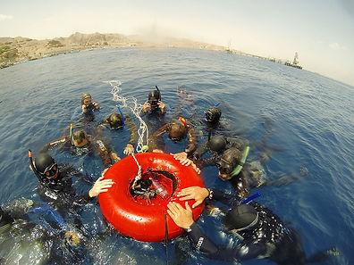 אימוני צלילה בים