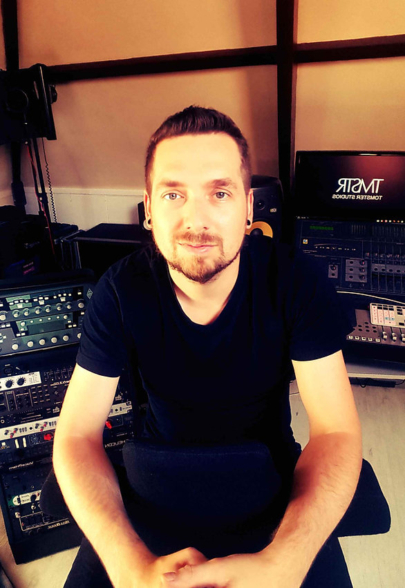 Tommie Bonajo, opnamestudio, metal rock recording studio, metal rock mixing studio