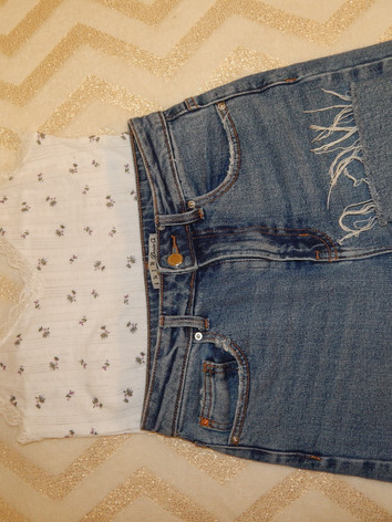 jeans: primark tank top: urban outfitters