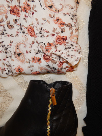 dress: primark  fishnets: forever 21  boots: primark