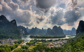 """Amazing Guilin photography tour: li river bend at xingping china."""