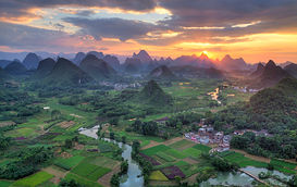 """Amazing Guilin photography tour: sunset at cuiping area yangshuo china."""