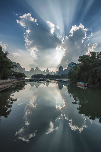 """Amazing Guilin photography tour: heavenly sunrays at li river xingping china."""