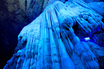 """""""Amazing Guilin photography tour: silver cave yangshuo china."""""""