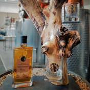 "Whiskyständer ""Baum"" STBG Tiroler Whisky 0,7 lt. 10 yo mit 2 Whiskygläsern"