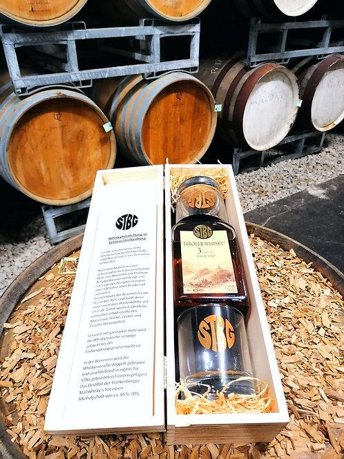 STBG Tiroler Whisky 3 Jahre in der Holzkiste mit 2 Gläsern