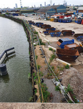 Conjunction of the site to the River Lea