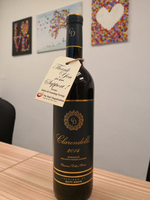 Wine with Customized Message Tag