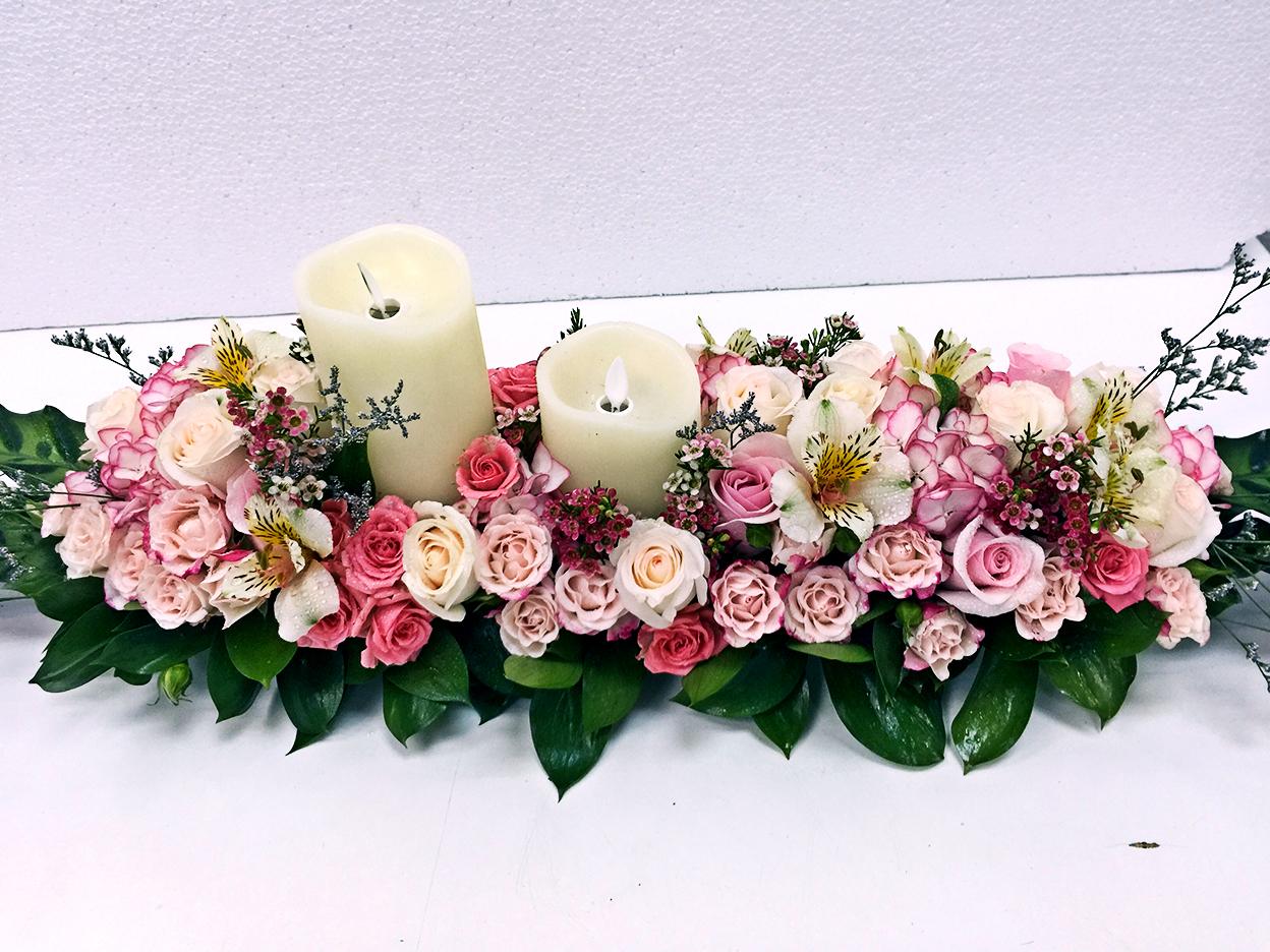Solemnisation table flowers