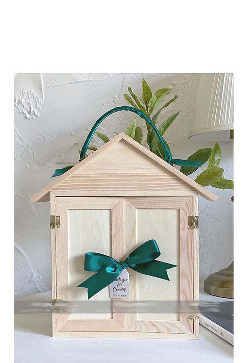 Pine presentation box