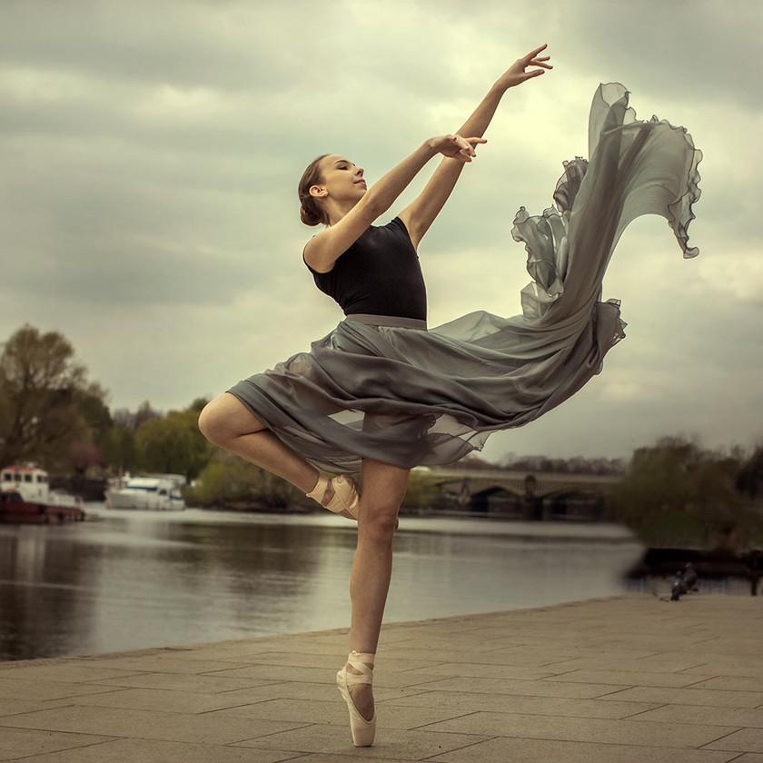 © Magda Hoffman