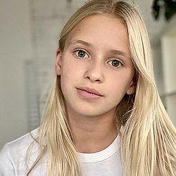 Dasha White