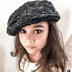 Isis Roos Sarah