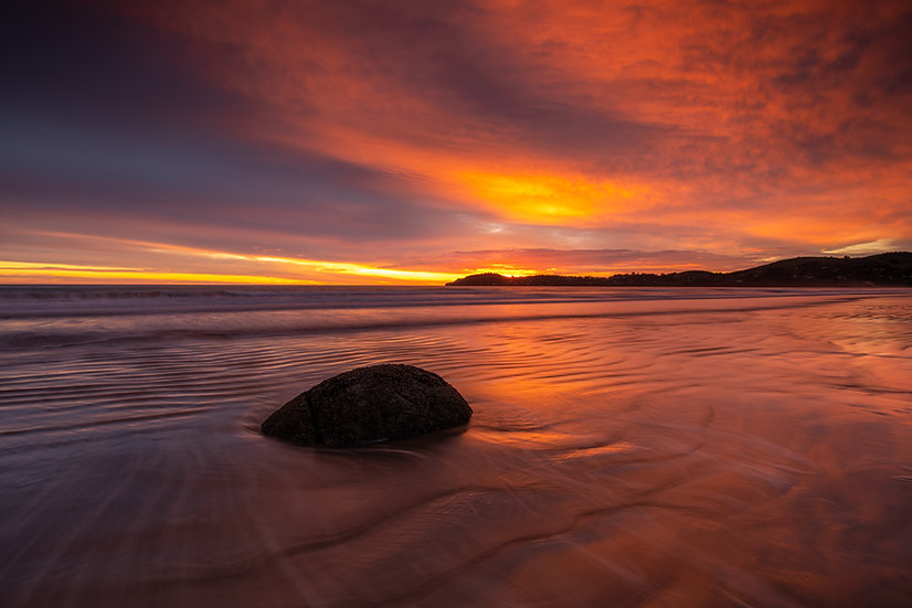 Adam Crews Imagery, Adam Crews, Adam Crews Photography, New Zealand, Moeraki Boulders, Ocean, Swell, Long Exposure, Sunrise