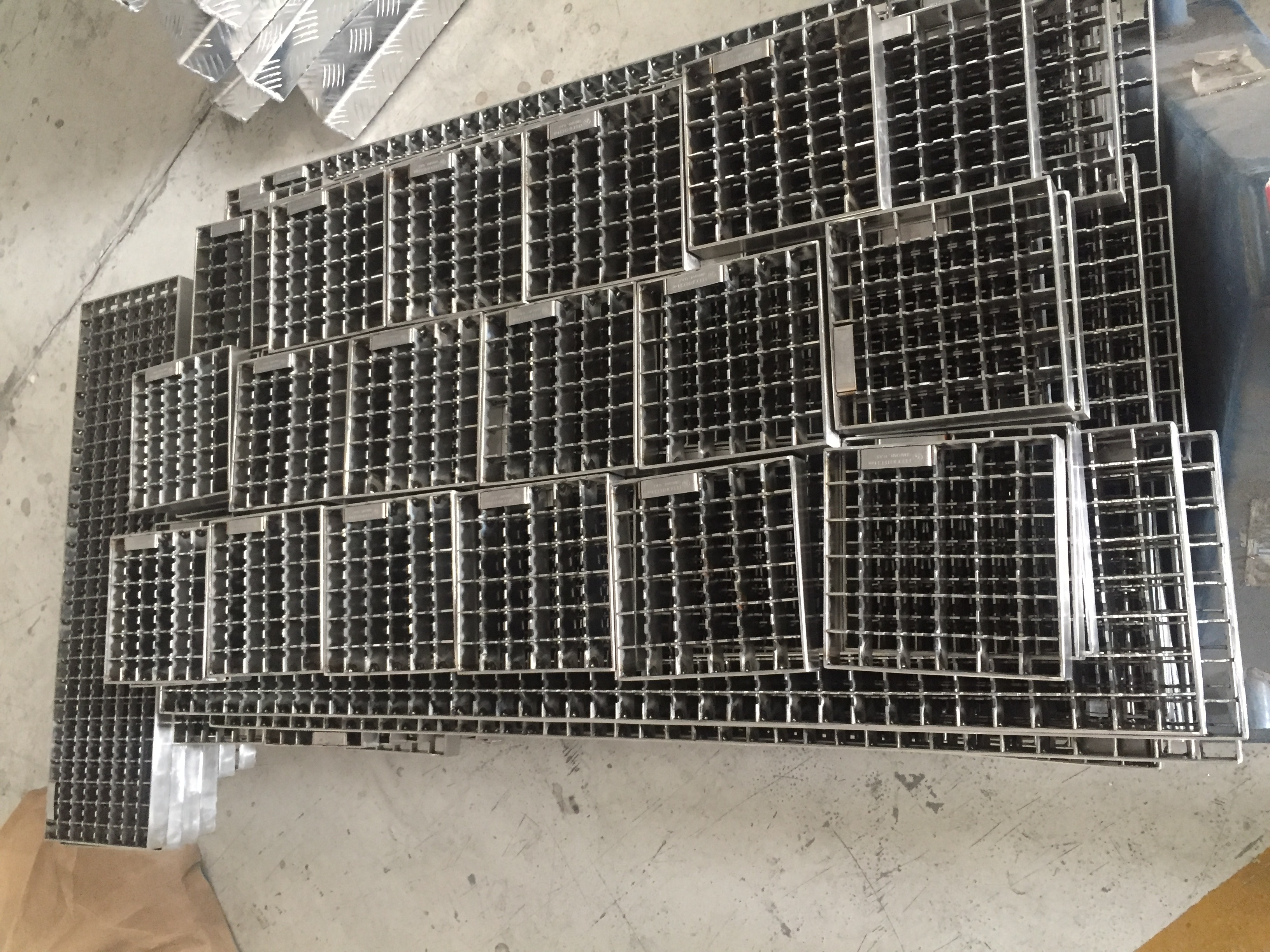 Stainless Steel Grating suppllier