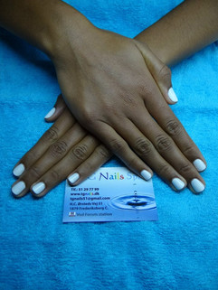 Manicure med gel lak