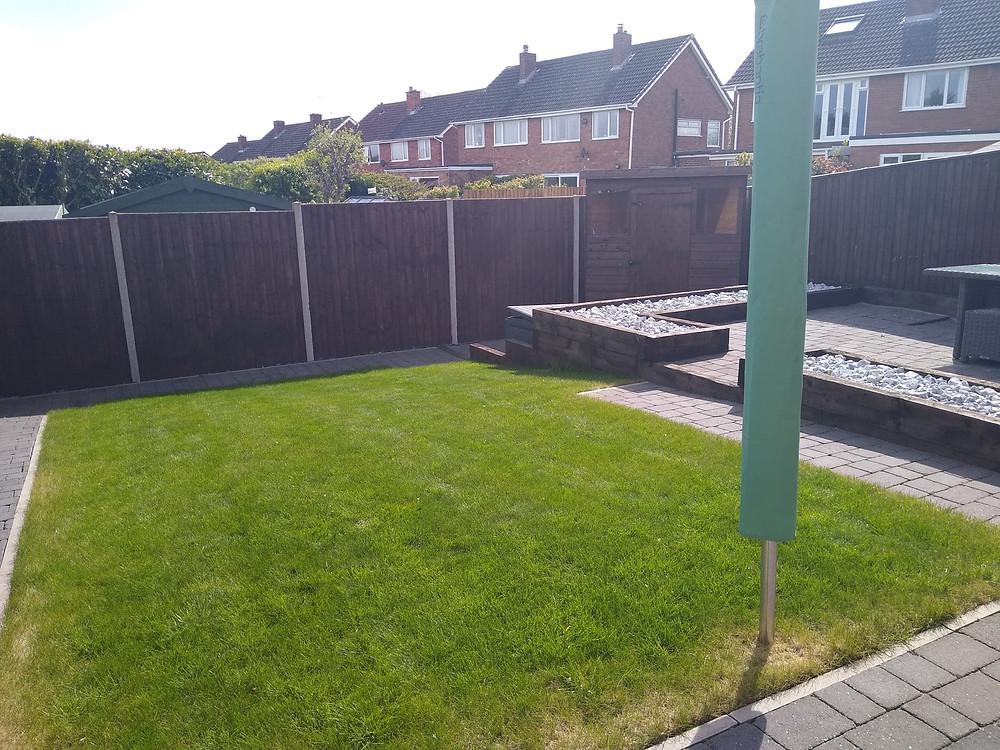 Kingsbury Lawn Care | Lawn Treatment Service | Lawn Fertiliser