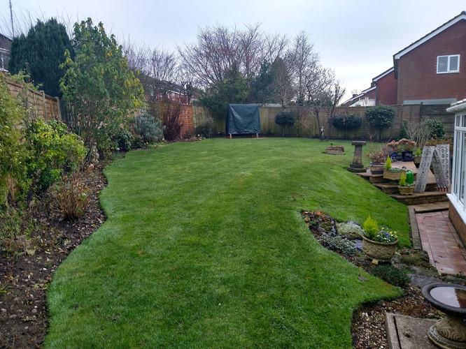 Sutton Coldfield thich green lawn