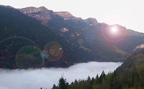 Berge mit Leuchtreflex_2 (002).jpg