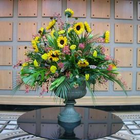 flower arrangement110
