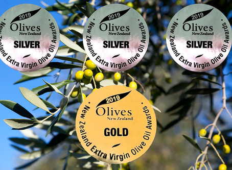 The 2019 Extra Virgin Olive Oil awards season continued last night with the Olives New Zealand award