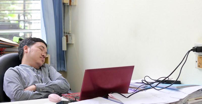En Japón duermen para seguir trabajando, y en este hemisferio lo hacemos para tener buena salud.