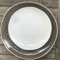ontbijt/dessertbord wit (in combi met taupe dinerbord)