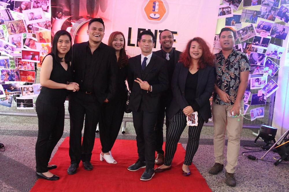 L-R : Jill Aspiras, LA Sibug, Steph Gonzales, ABS-CBN University Professor Nico Hernandez, Nathan Perez, Happy Adiova