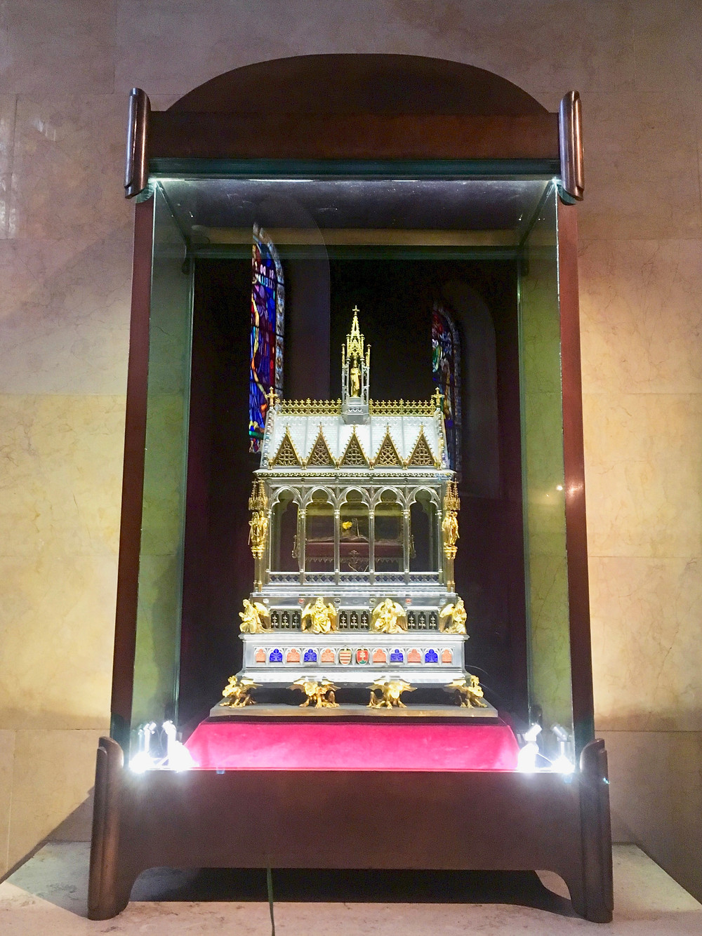 St. Stephen's Holy Right Hand kept in an ornate box in a glass case in Budapest