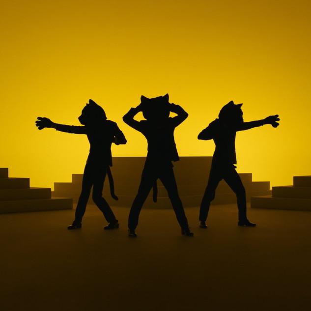 ヤマト運輸 - NEKO FUNJATTA | Dancing Black Cats