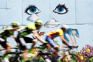 F43 Ciclistas Mural.jpg