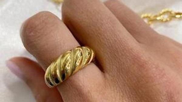 Aiden Croissant Ring