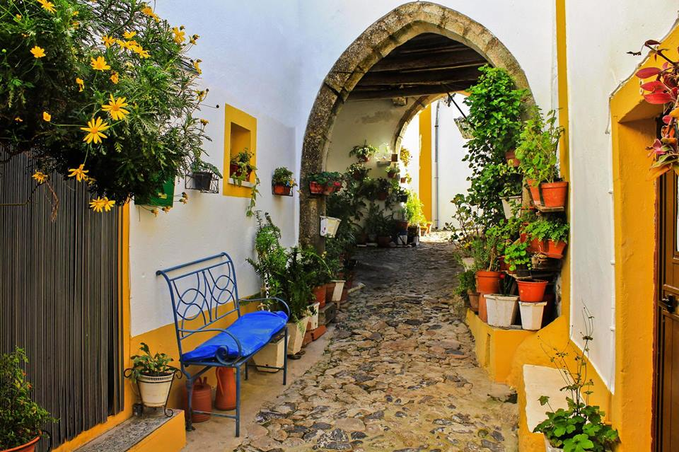 Sintra medieval streets