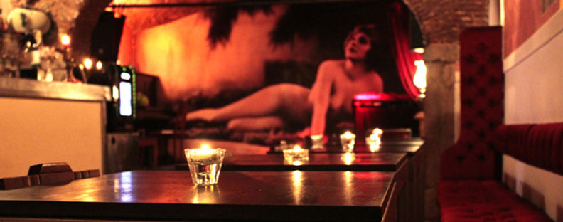 Pensão Amor, Lisbon bars