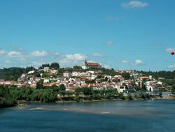 Constância village
