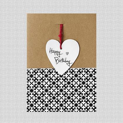 Carte happy birthday coeur kraft noir blanc
