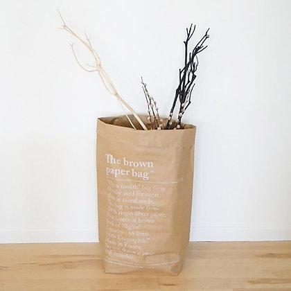 Le sac en kraft brun be-poles