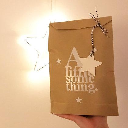 """Sachet cadeau kraft """"a little something"""""""