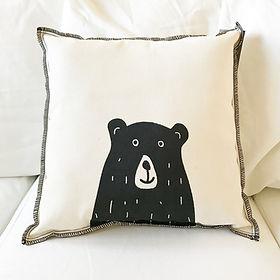 coussin enfant dessin graphique tête d'ours