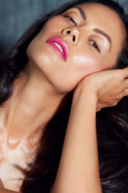 Model Sandra  Photo byHanan