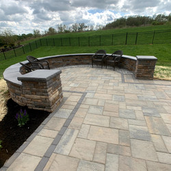 Patio with sitting wall