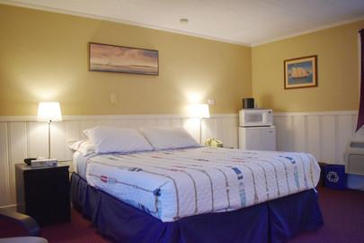 queen room one.jpg