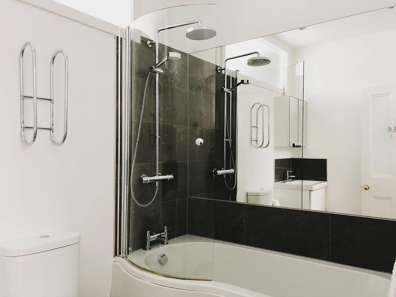 main bathroom palace.jpg