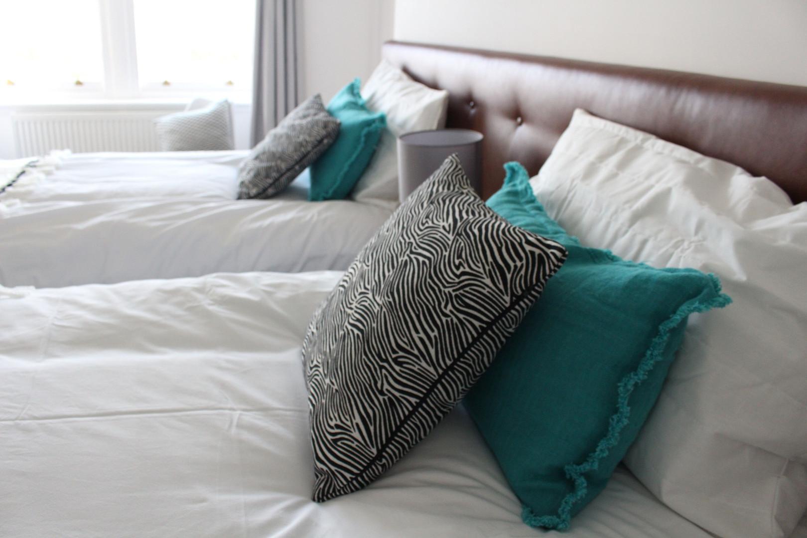 Gullane Getaway Bedroom 2.jpg
