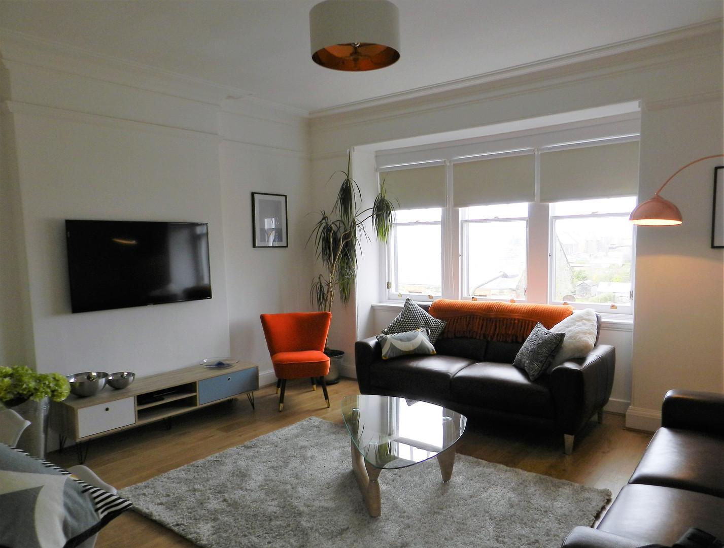 Gullane Getaway Sitting Room.JPG